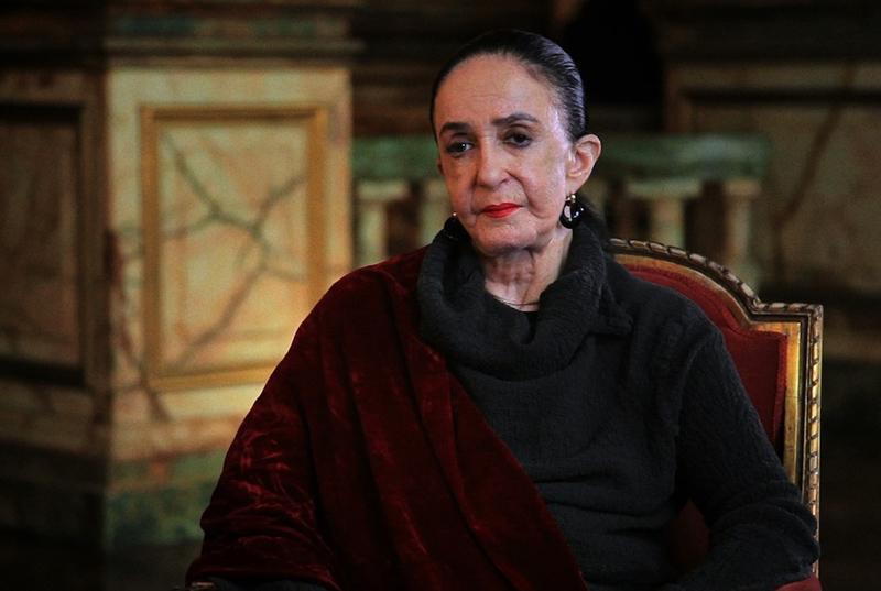 Márcia Haydee no Theatro Municipal do Rio de Janeiro, em cena do documentário.
